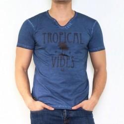 T-shirt manche courte col V...