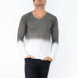T-shirt manche longue col V...